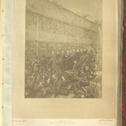 Photomontage du massacre de la rue Haxo, vers 1871. Archives de Paris, D1Z 55.